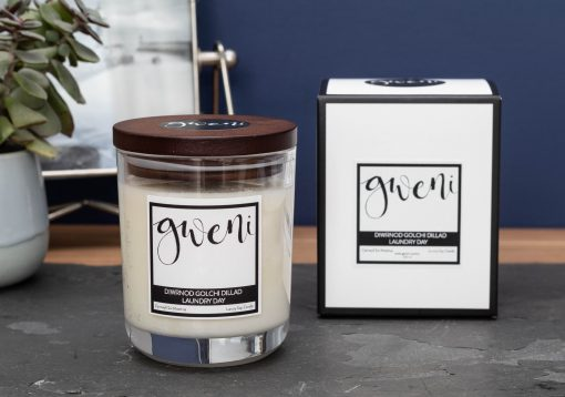 Laundry Day Small Candle